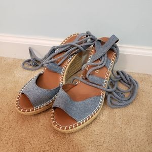 Blue and Tan Rampage Tied Wedges